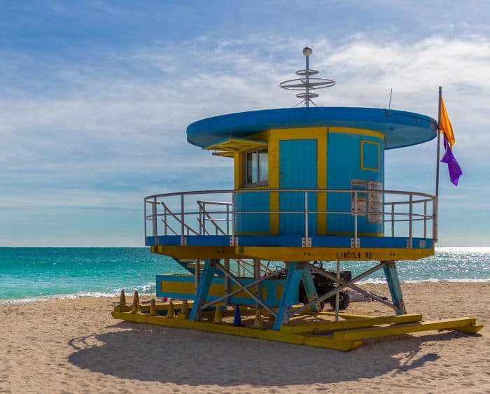 iconic south beach lifegaurd stand